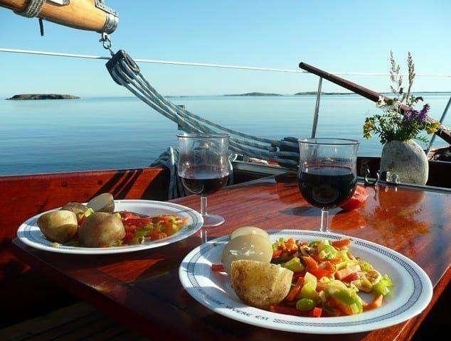 Fot. sxc.hu - Jak się odżywiać w czasie podróży
