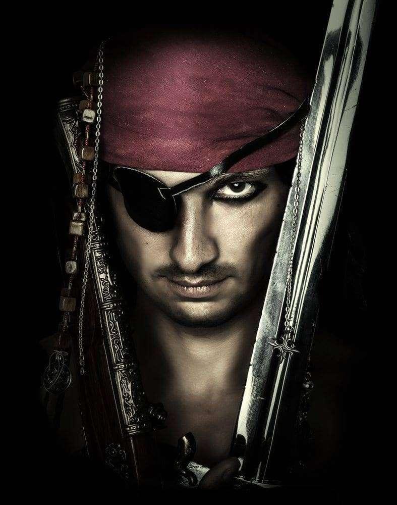 republika piratów 4