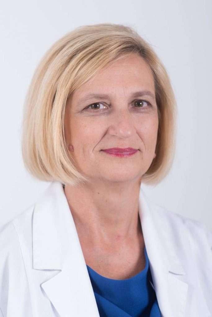dr n. med. Ewa Czernicka-Cierpisz, internista, pulmonolog