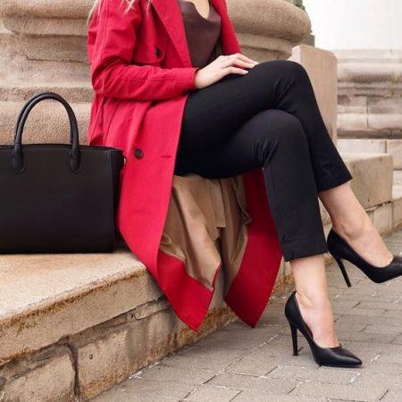 Jak dobierać buty do torebki?