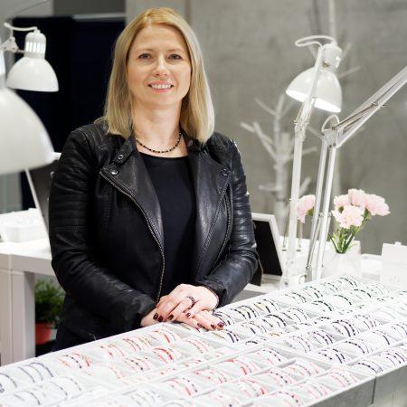 Kobiecy biznes: Biżuteria DeLaKinia
