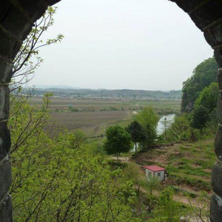 Dandong – rzut oka z muru na Koreę Północną