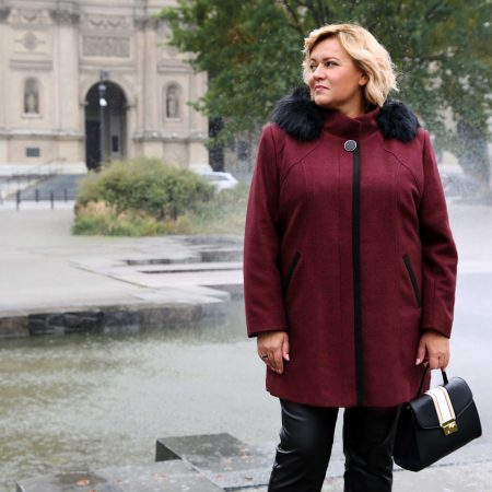 Modne płaszcze zimowe w dużych rozmiarach