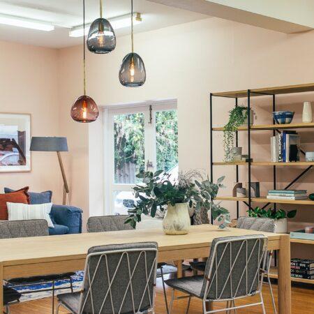 Jakie meble i dekoracje do pokoju w stylu loftowym?